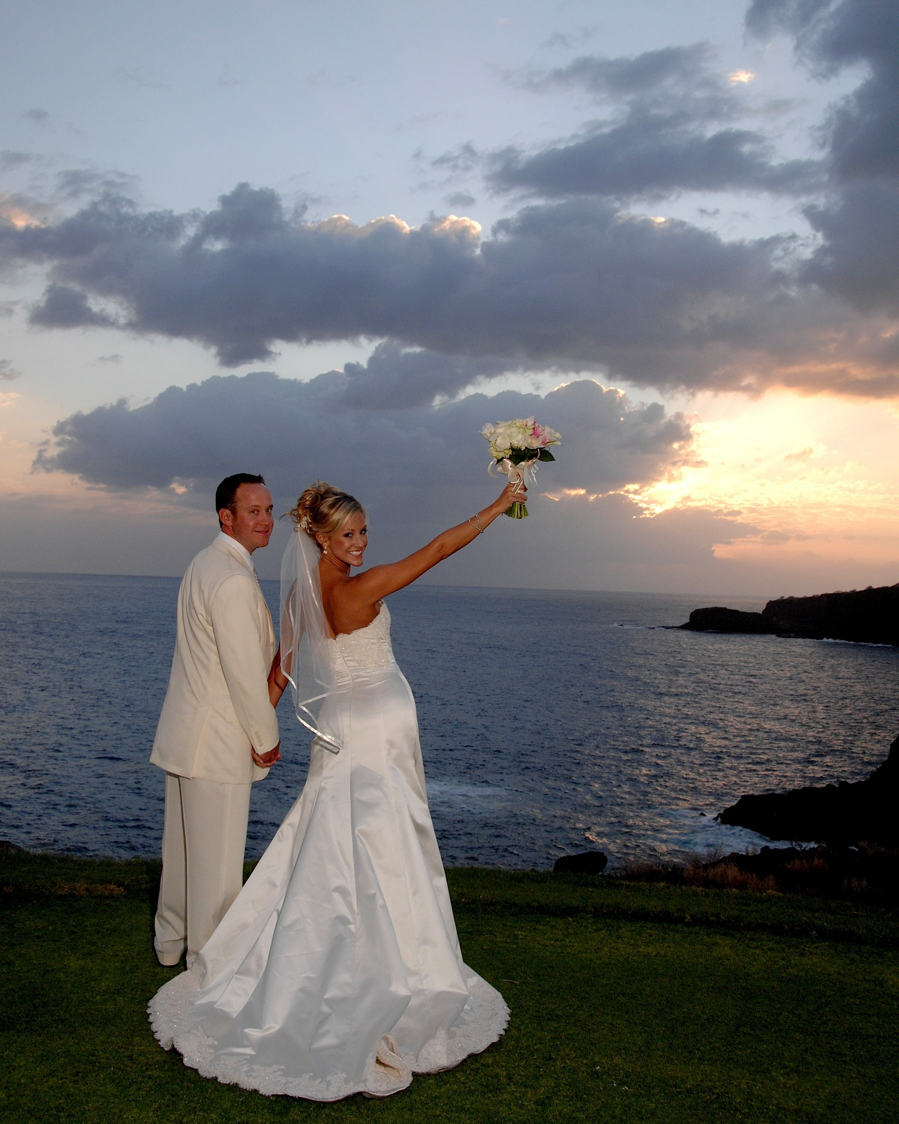 hawaii_wedding_photographer_four_seasons_lanai_wedding045