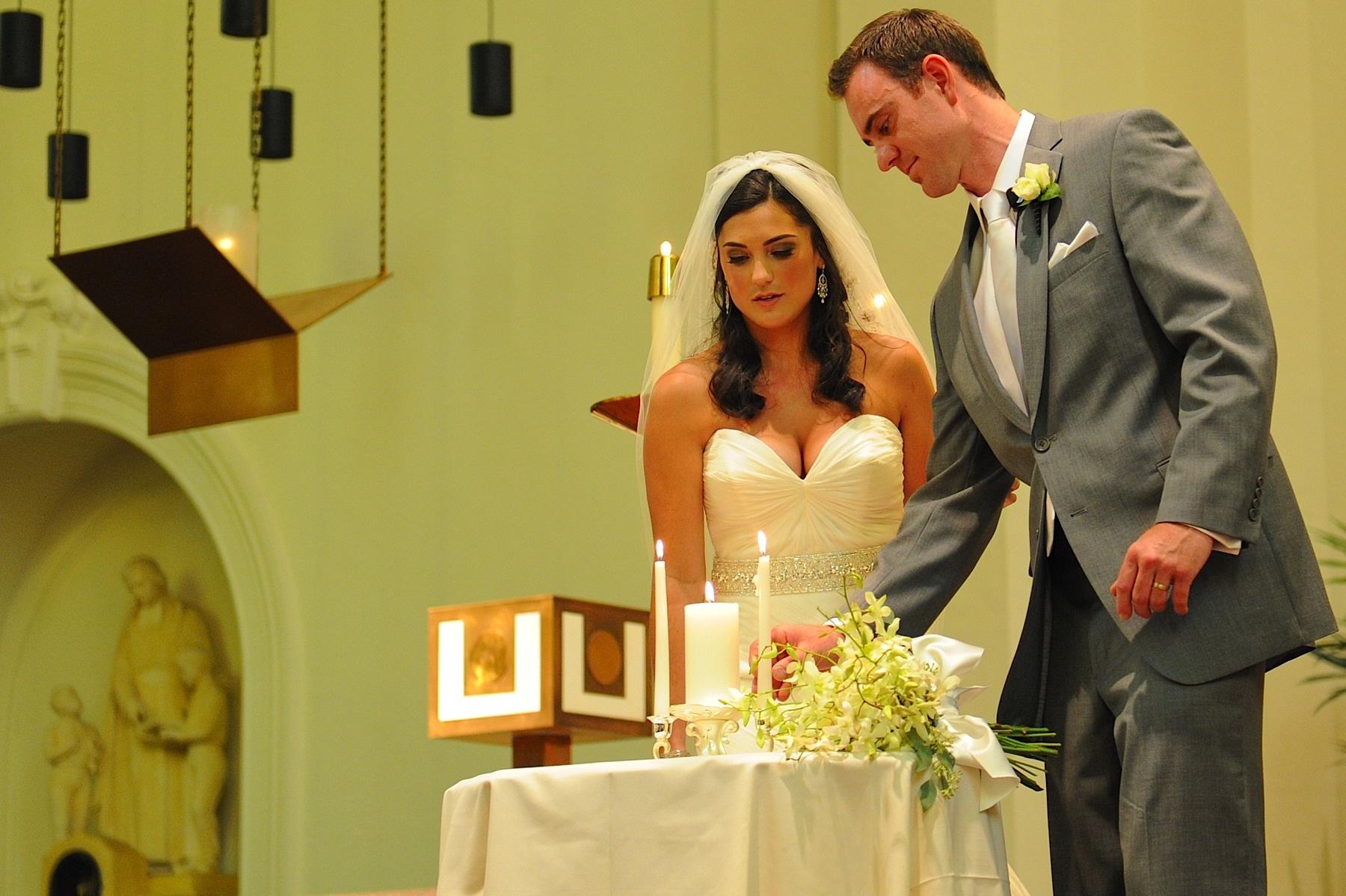 napa_valley_wedding_photographer__villagio_vintage_estate_wedding_038