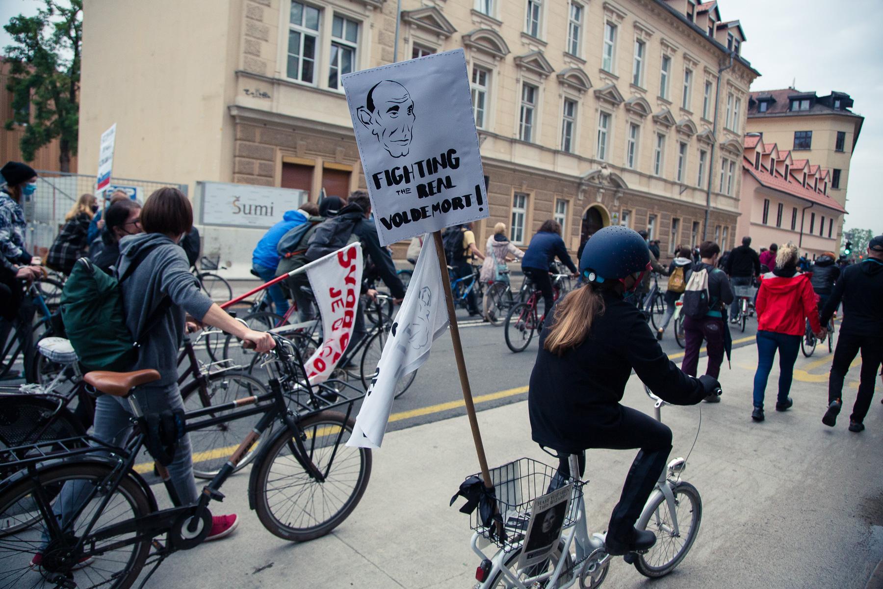 AntigovernmentProtestsSlovenia2020-photoLukaDakskobler-033