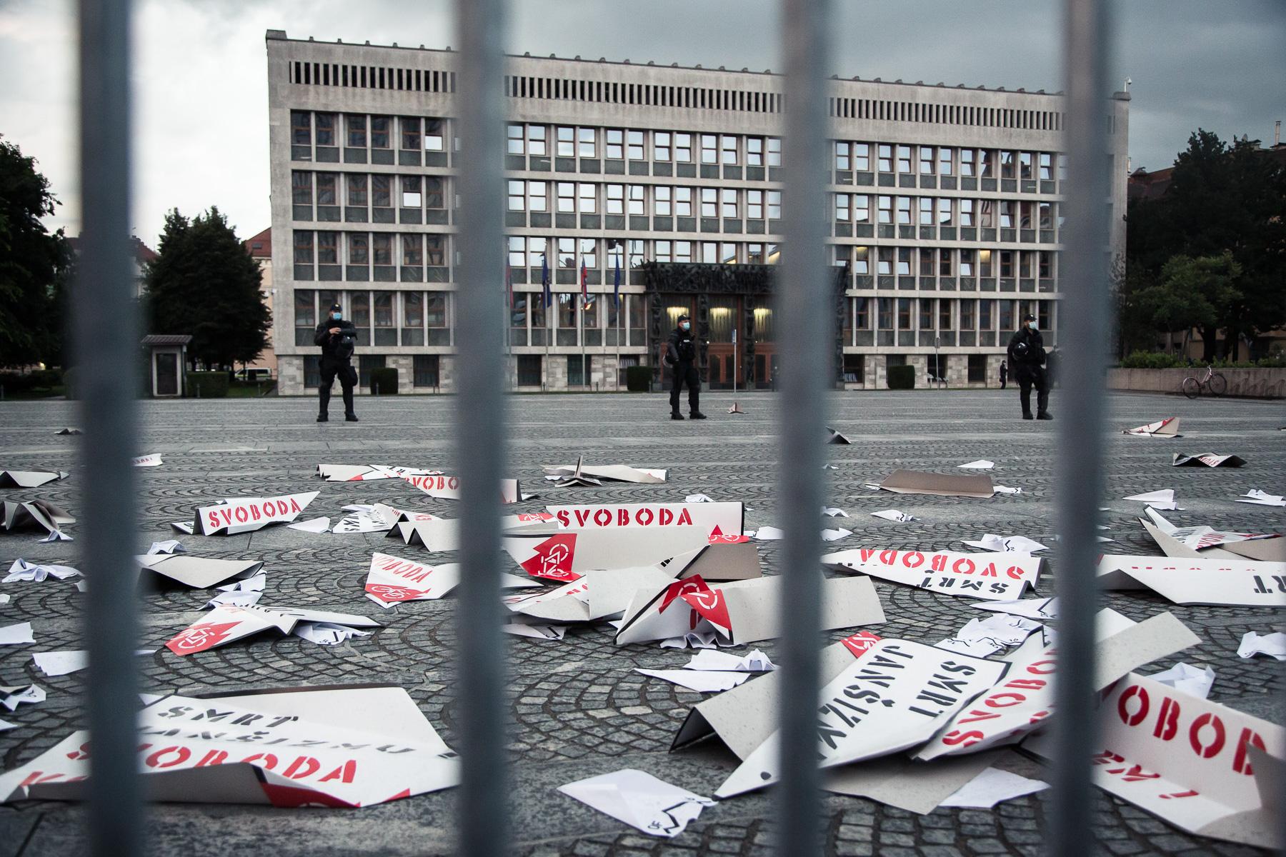 AntigovernmentProtestsSlovenia2020-photoLukaDakskobler-049