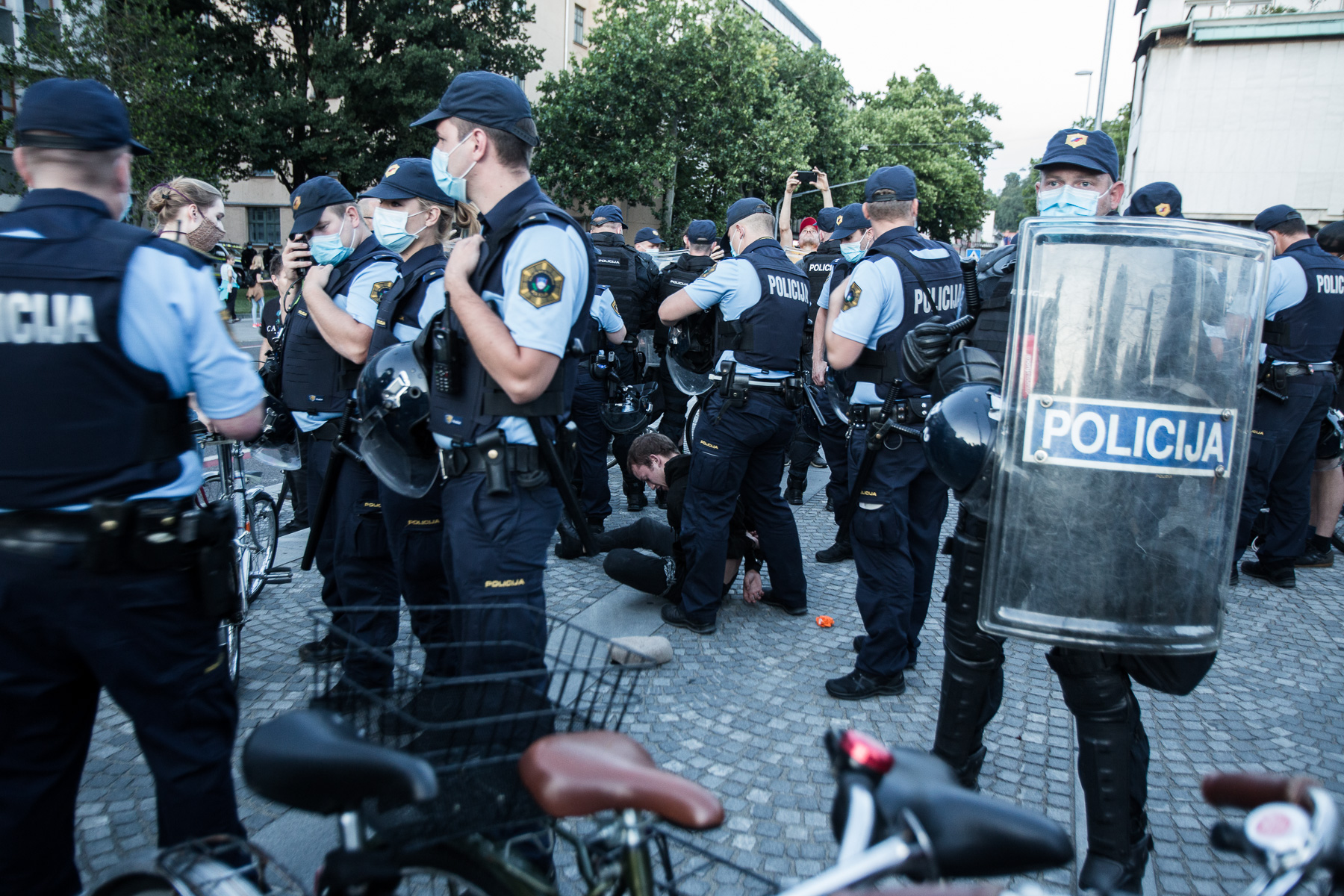 AntigovernmentProtestsSlovenia2020-photoLukaDakskobler-063
