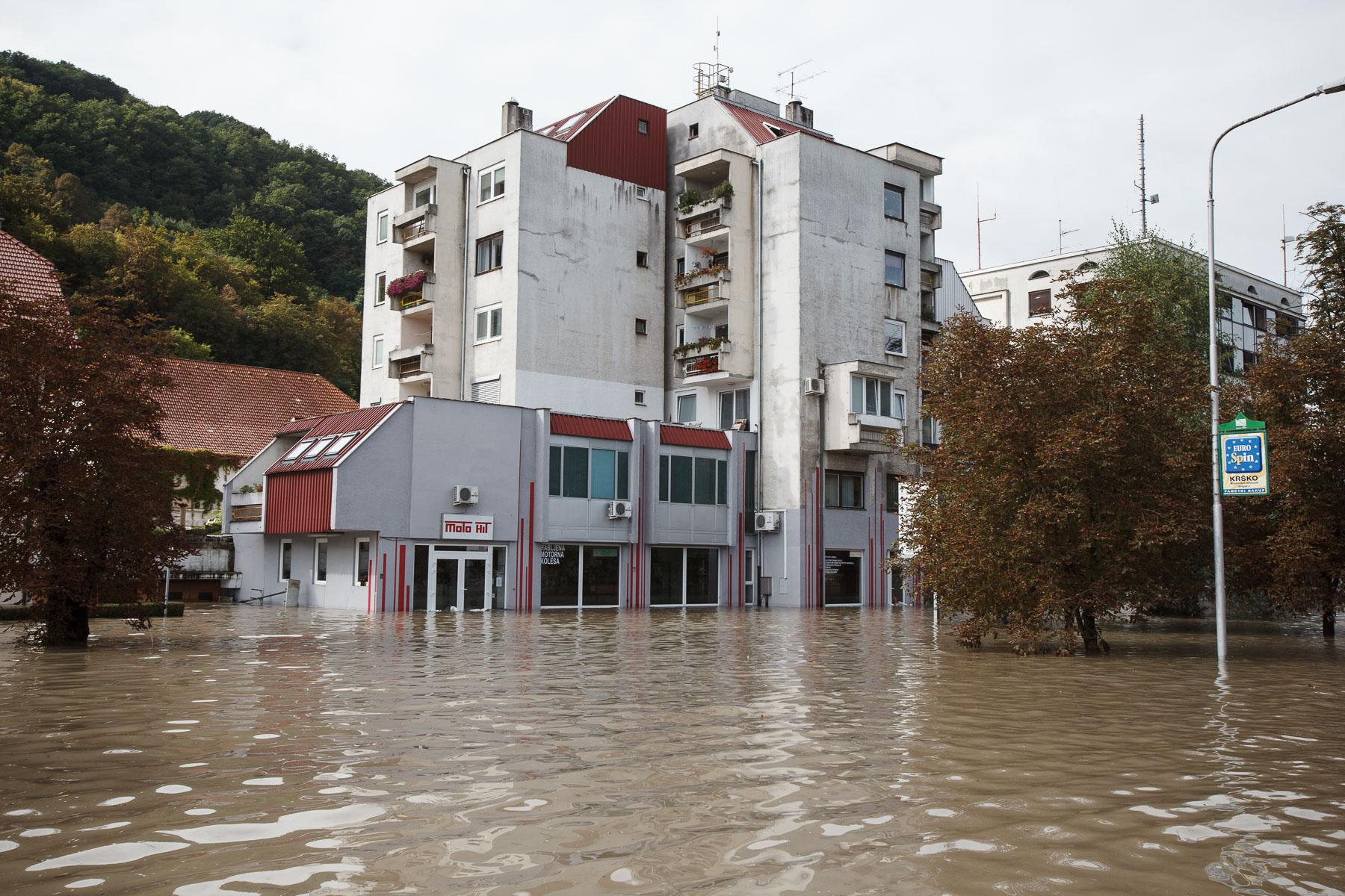 FloodsInSlovenia2010-photoLukaDakskobler-005