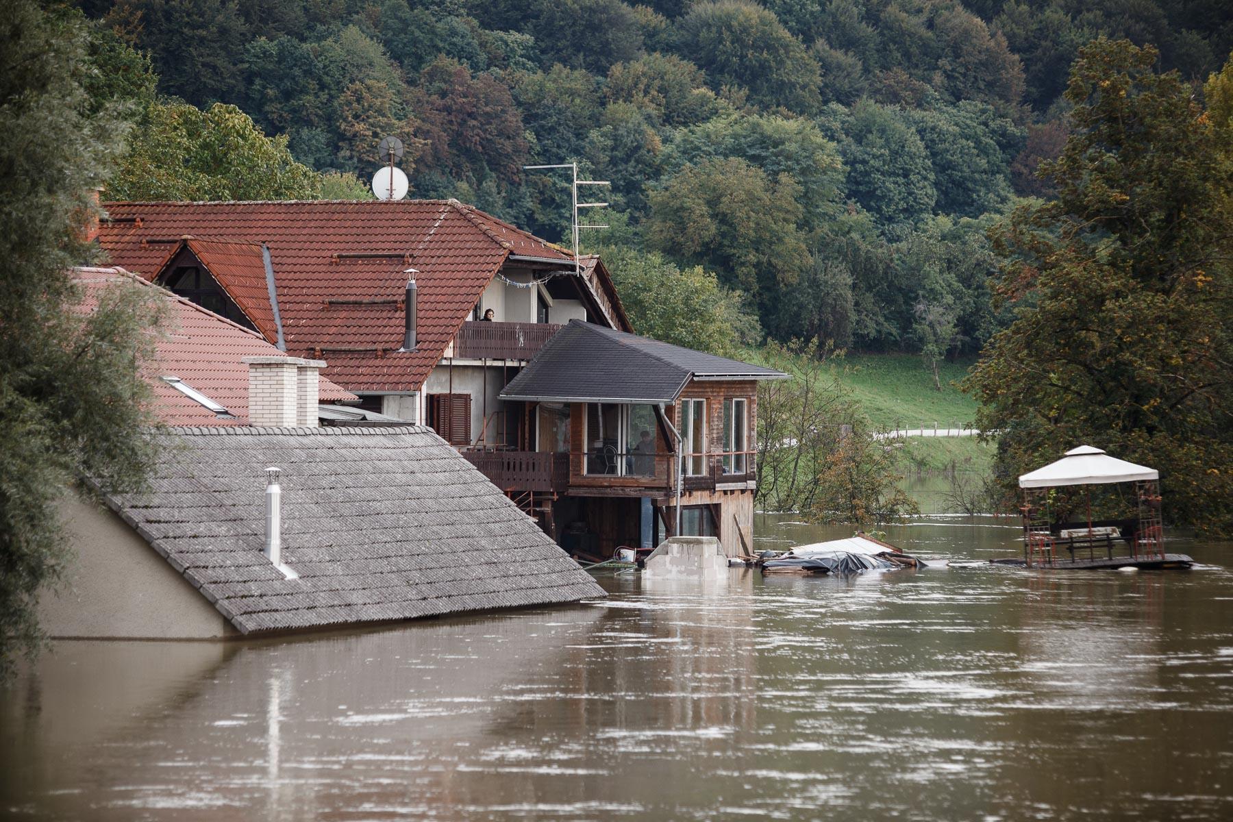 FloodsInSlovenia2010-photoLukaDakskobler-017