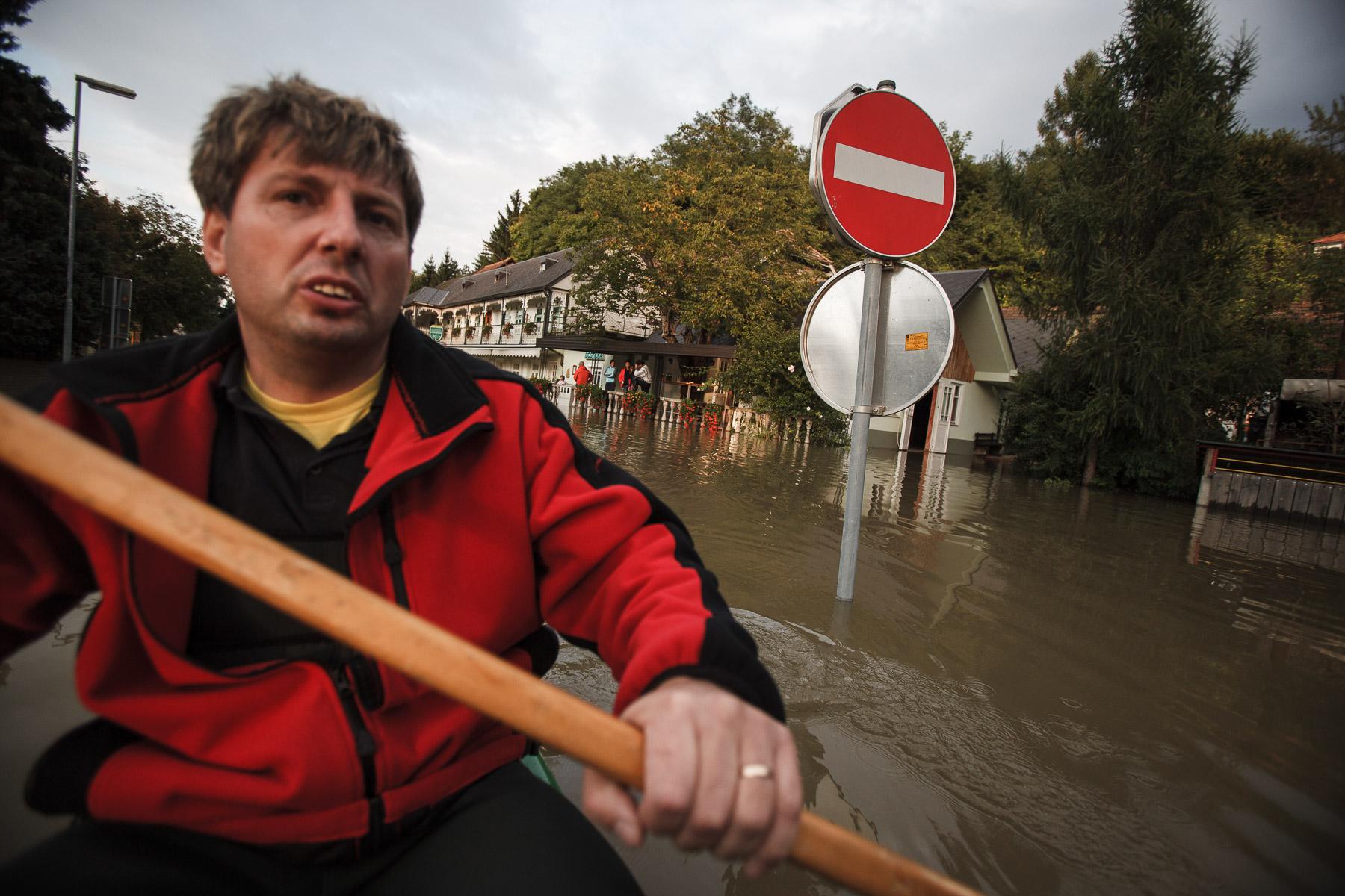 FloodsInSlovenia2010-photoLukaDakskobler-020