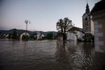 FloodsInSlovenia2010-photoLukaDakskobler-024