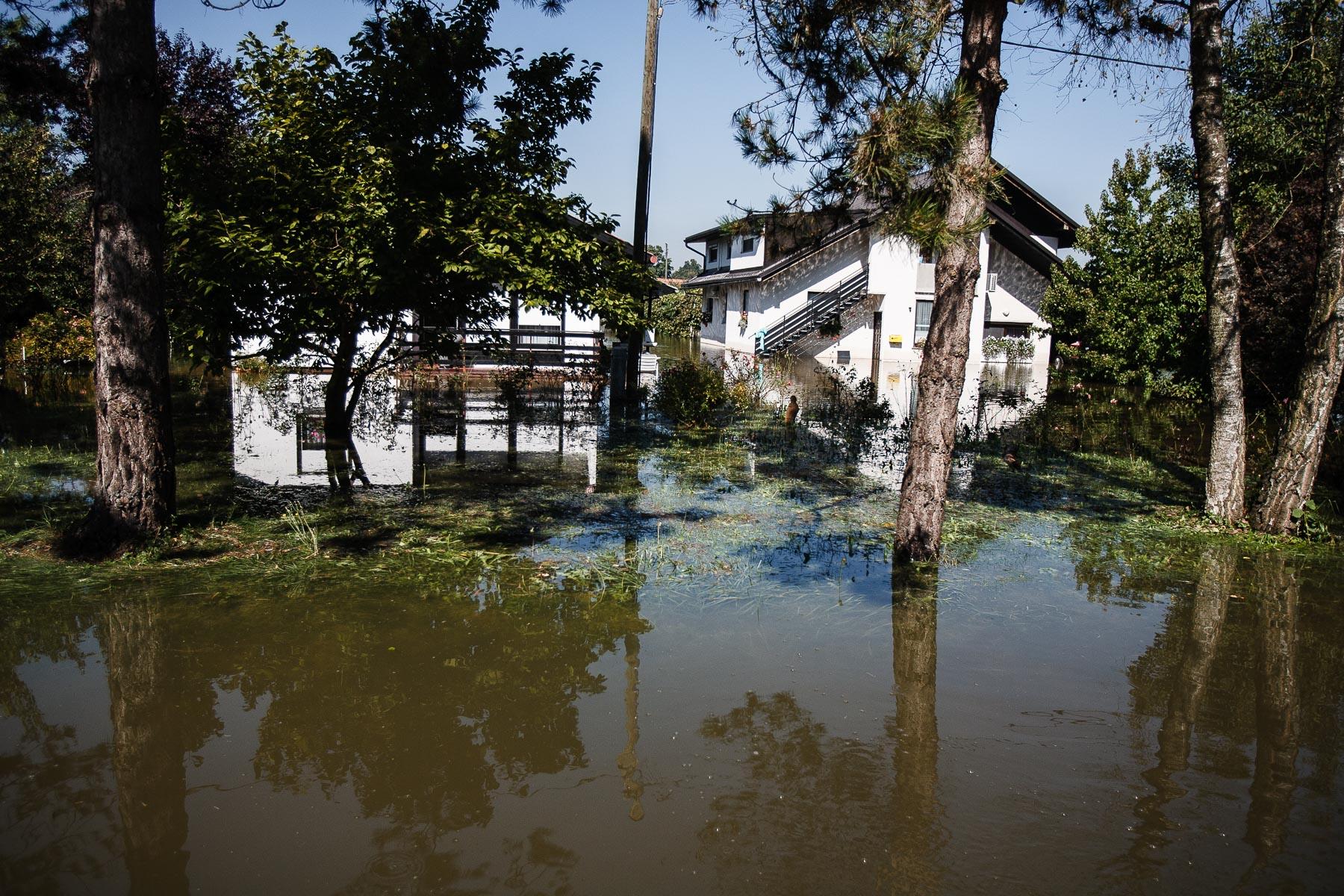 FloodsInSlovenia2010-photoLukaDakskobler-029