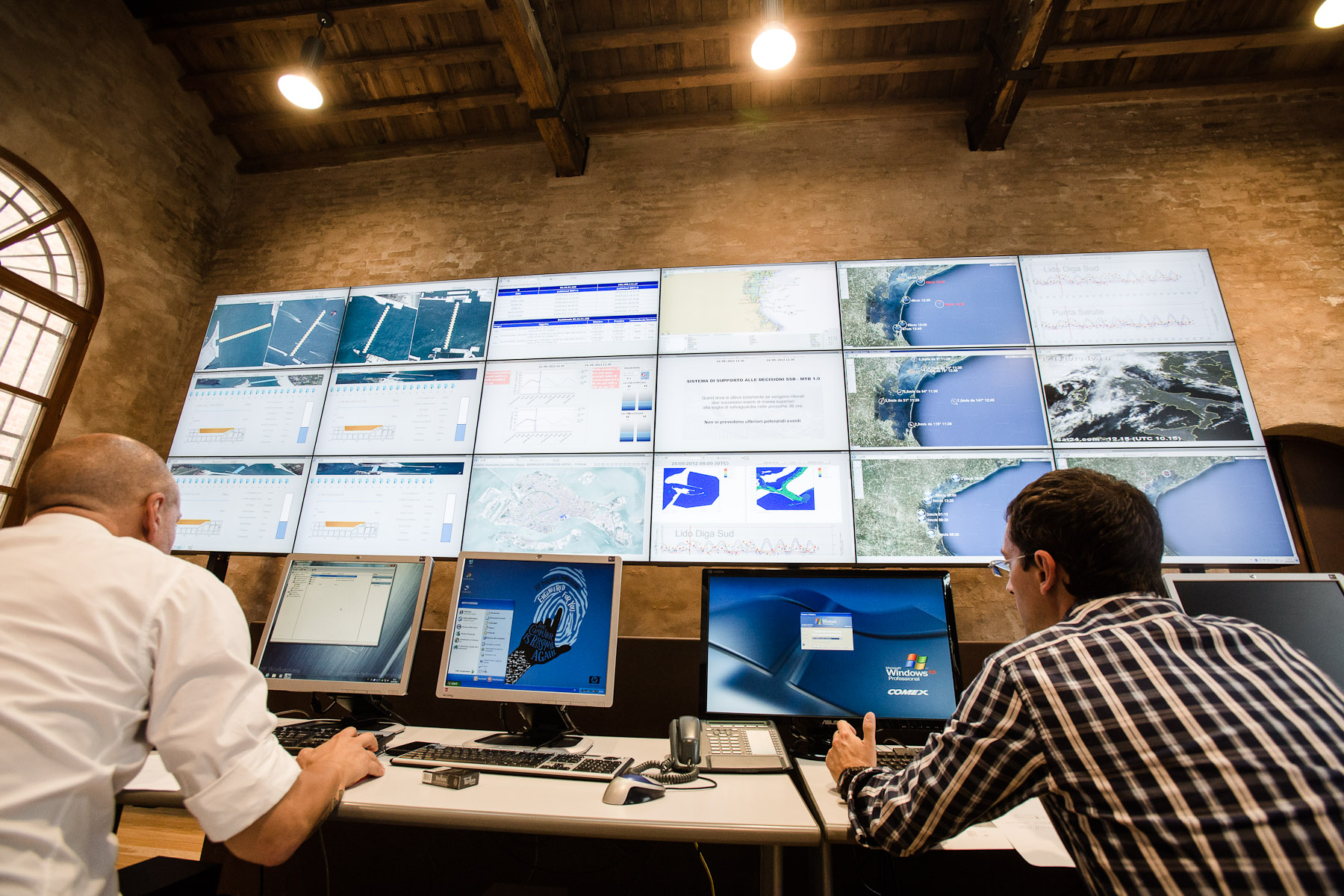 The MOSE project control room is where scientists will monitor weather, predict high tides well ahead, issue warnings and operate the gates. It is located in Venice Arsenal and allows scientists to monitor the entire lagoon from Jesolo to Chioggia.