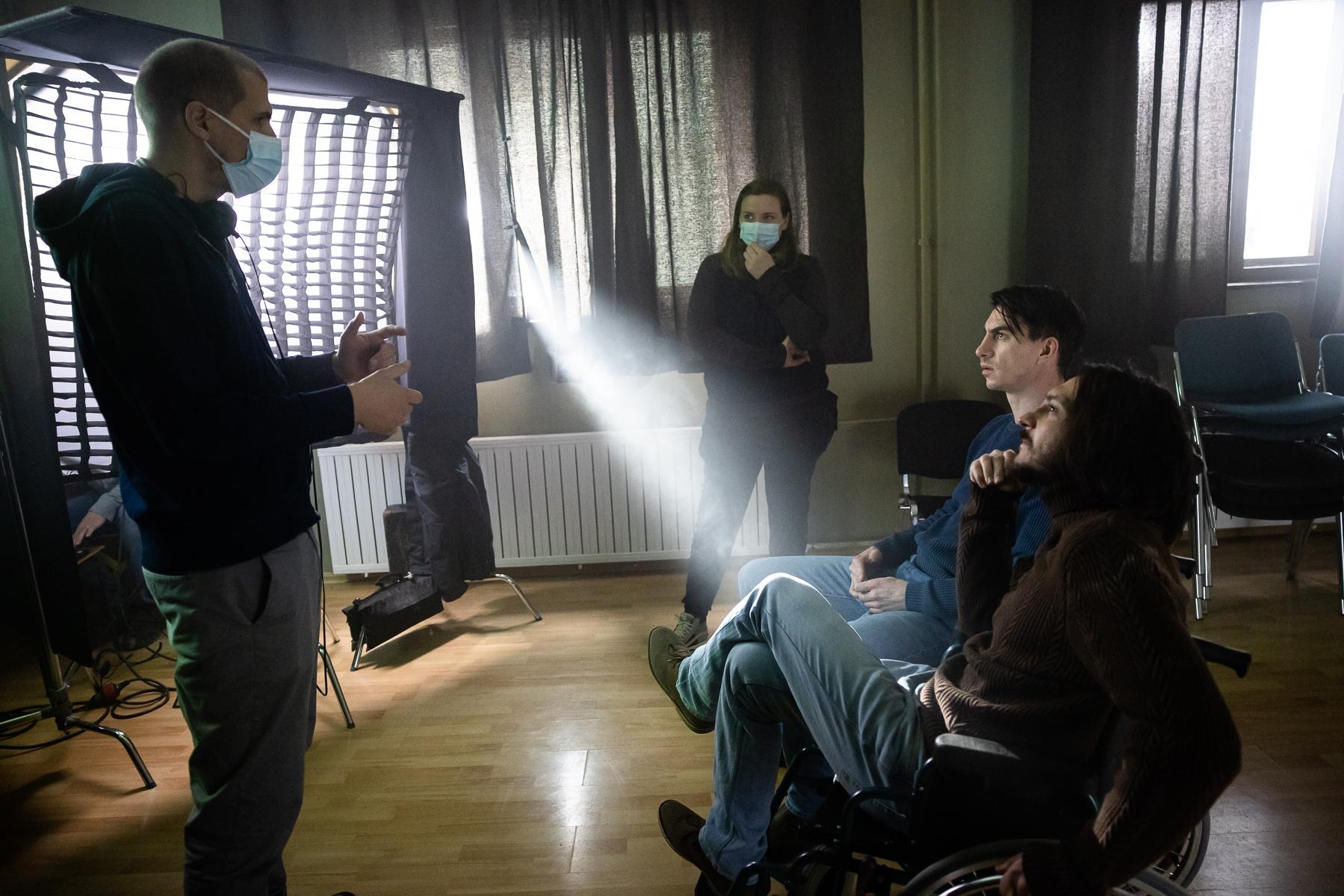 Director Marko Šantić, assistant director Irena Gatej and actors Blaž Setnikar and Jure Henigman on the set of Wake Me.
