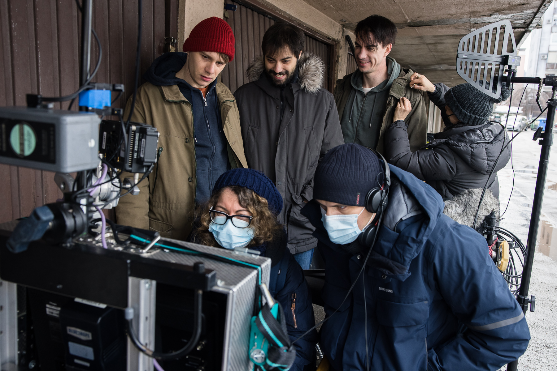 Actors Timon Šturbej, Benjamin Krnetić, Jure Henigman and director Marko Šantić on the set of Wake Me.