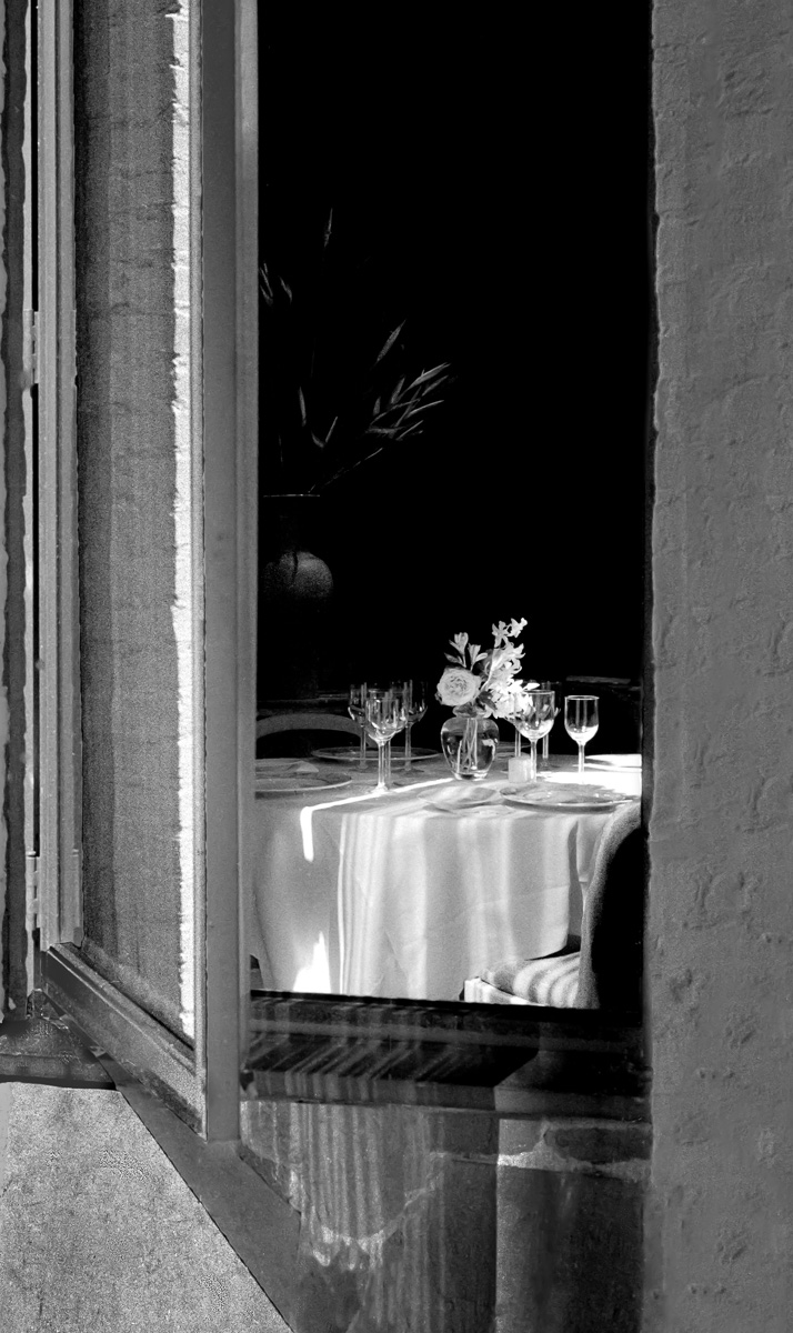 TABLE_IN-_WINDOW