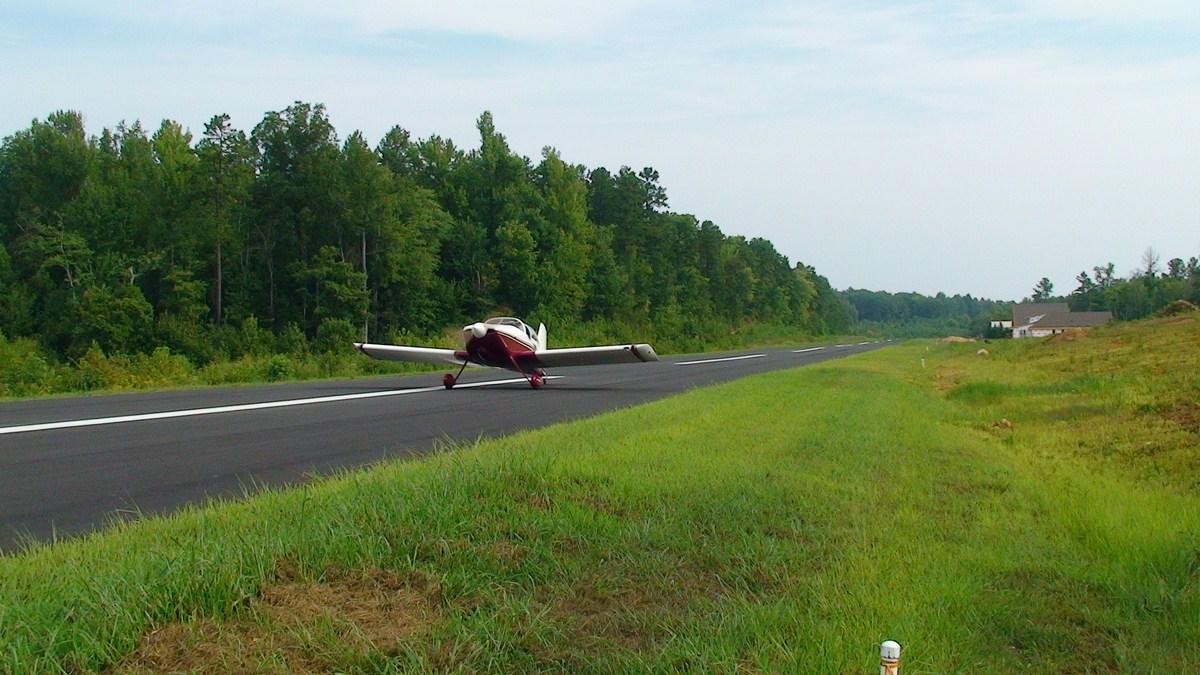 RV6 Dyer landing 21