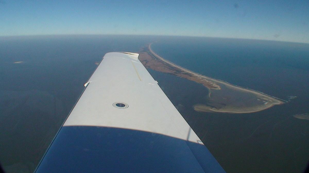 SR22 departing Ocracoke (W95)