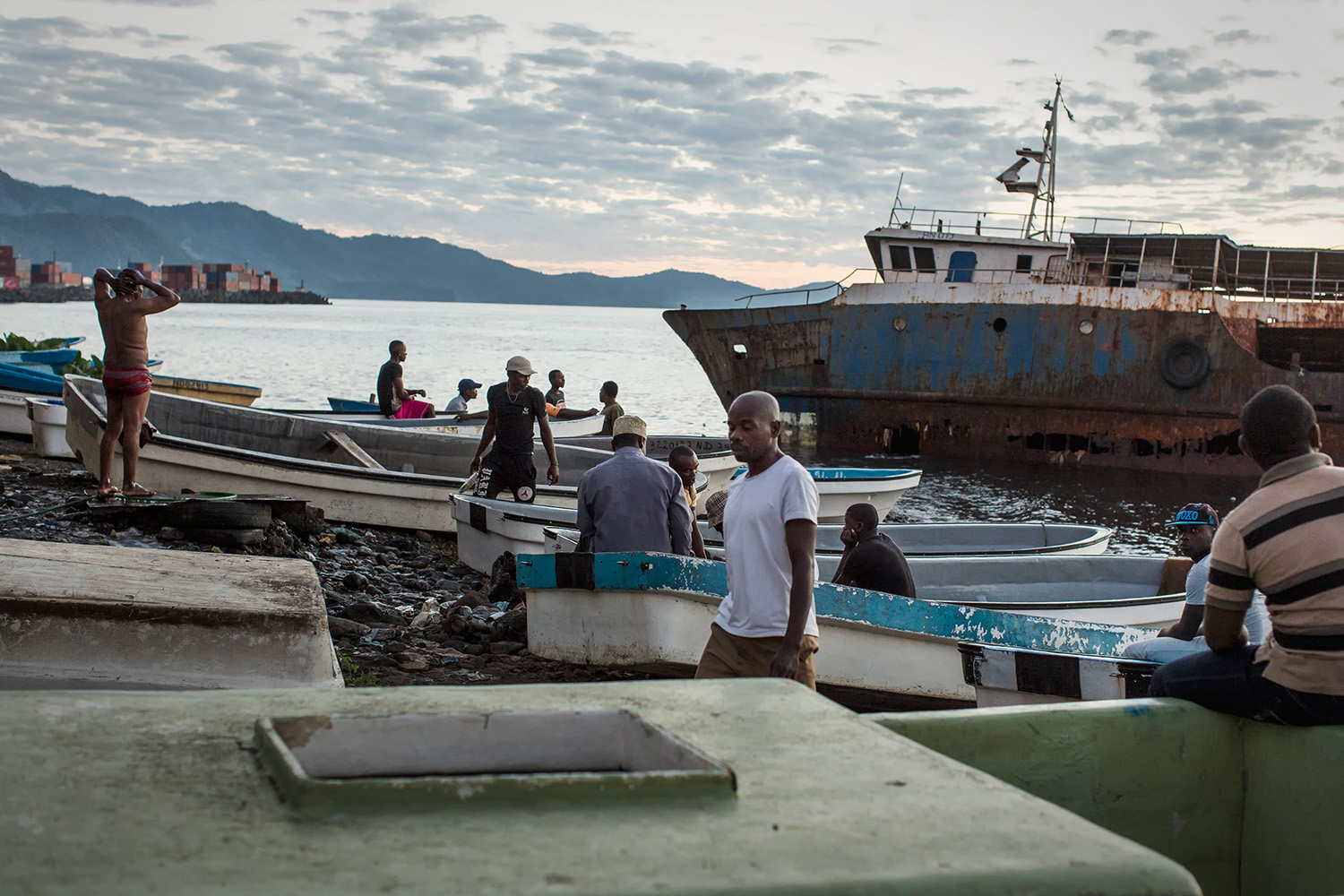 Fishermen on the coast of Anjouan Island on Wednesday, June 17, 2015. Mayotte is the only island of the Union of the Comoros that voted against independence in 1974. The island is admintrated by France and becomes a french department in 2011. Since 1993, the Comorians from Grande Comore, Moheli, and Anjouan must have a visa to visit Mayotte.