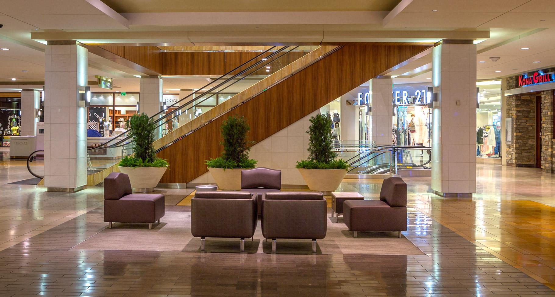 Seating: Benchmark Design Group, Houston Galleria