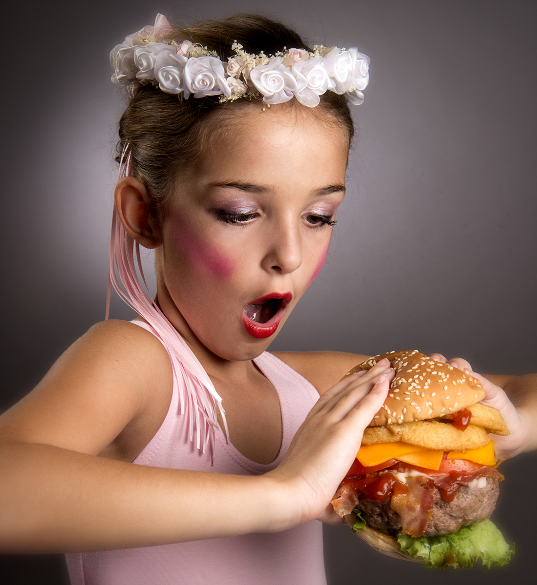 Ballarina-eating-a-burger-Carl-Kravats-Photography