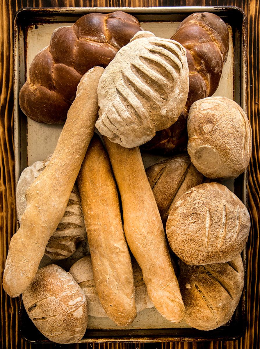 Bread-Carl-Kravats-Photographer