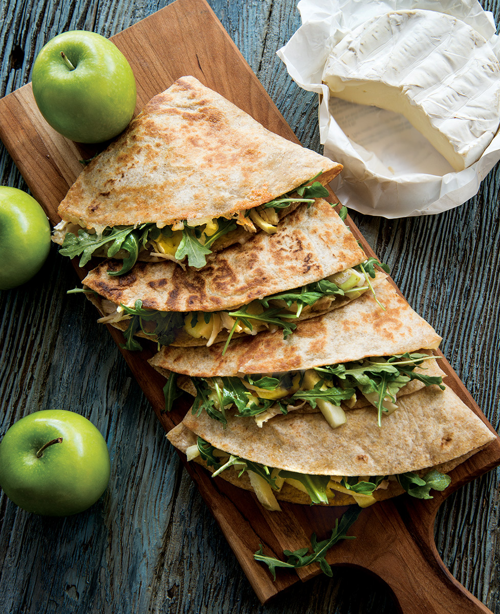 Chic-Apple-Brie-Queadillas-1823