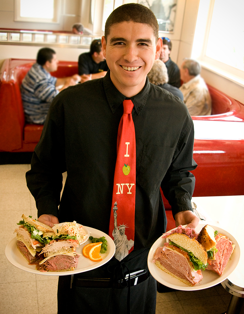 Deli-waiter