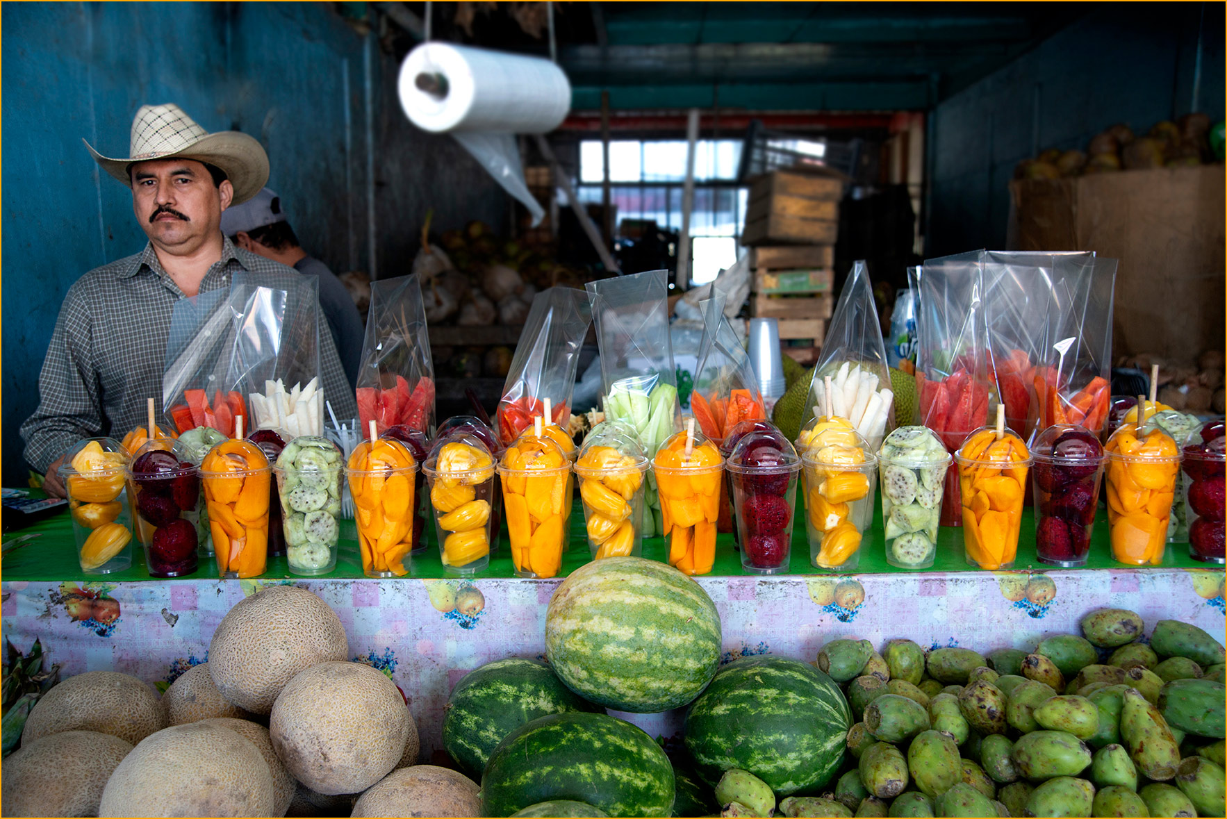 Fruit-Stand-at-Mercado-Hidalgo-Mexico