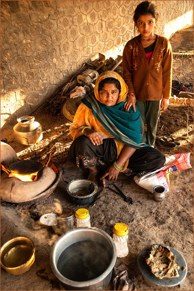 India-Family-Kitchen