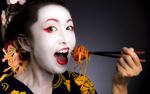 Gisha-eating-Meatball