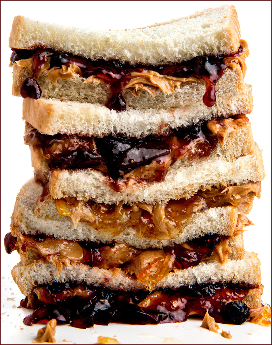 Peanutbutter-and-Jelly-sandwich