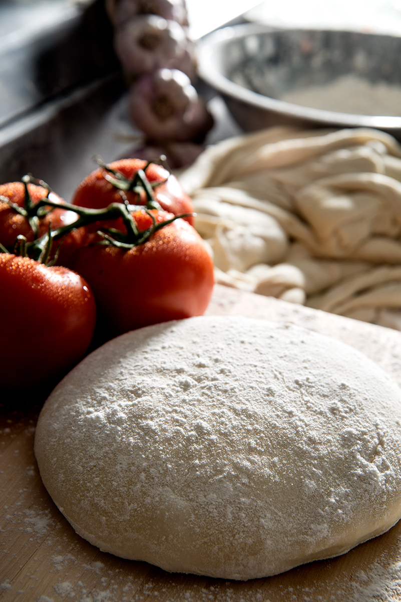 dough-tomatos