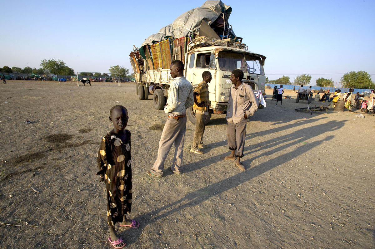 Southern Sudanese returned to the south by the hundreds of thousands using every available means of transportation.Malakal, southern Sudan