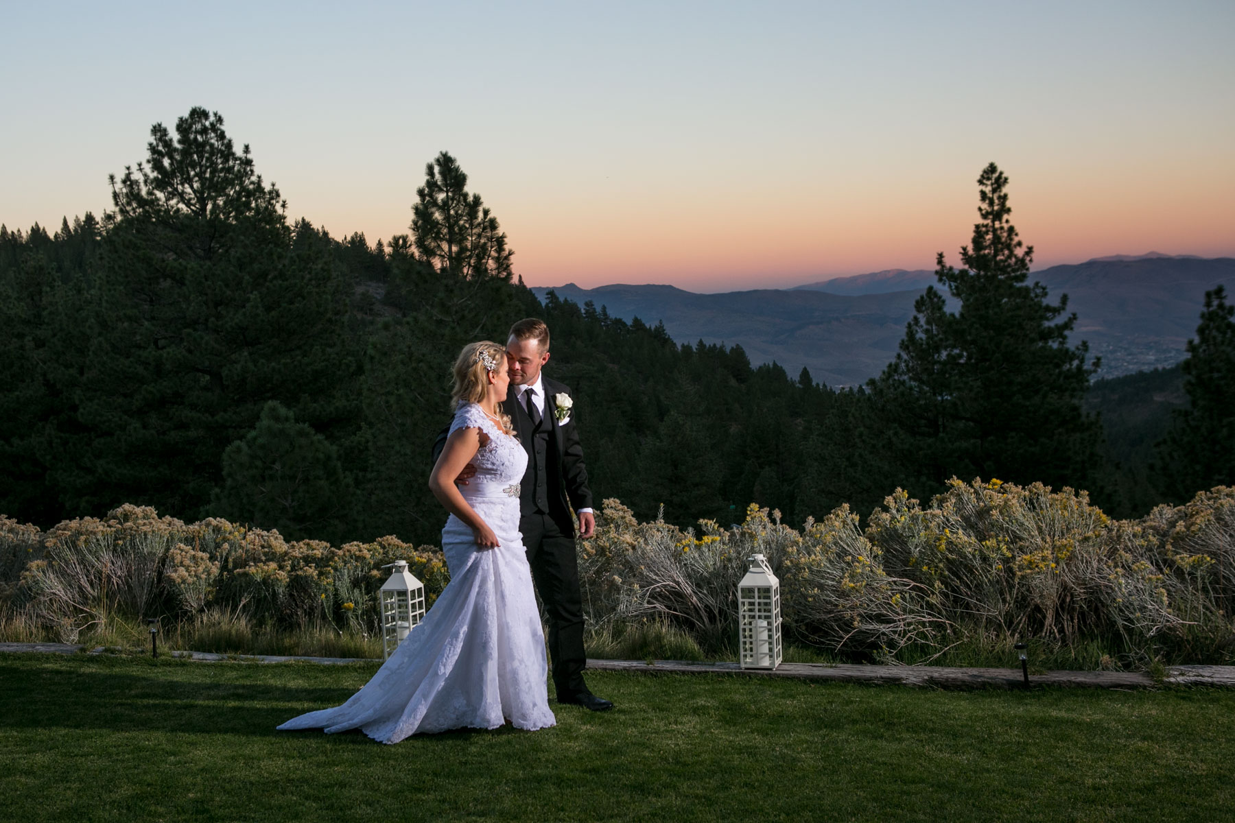 Lake-tahoe-weddings-bride-groom-12