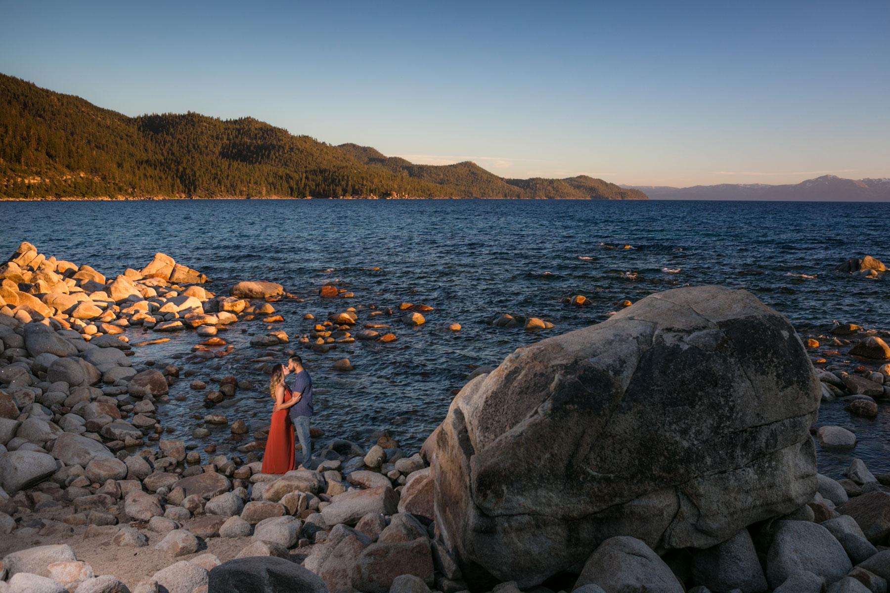 lake-tahoe-10-engagement-session-photography-tahoe-weddings