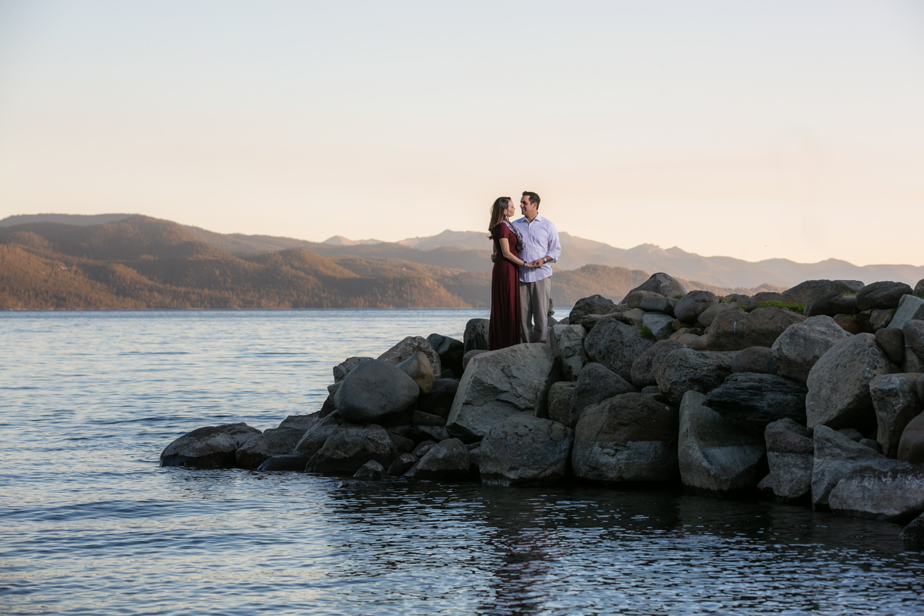 summer-tahoe-engagement-2