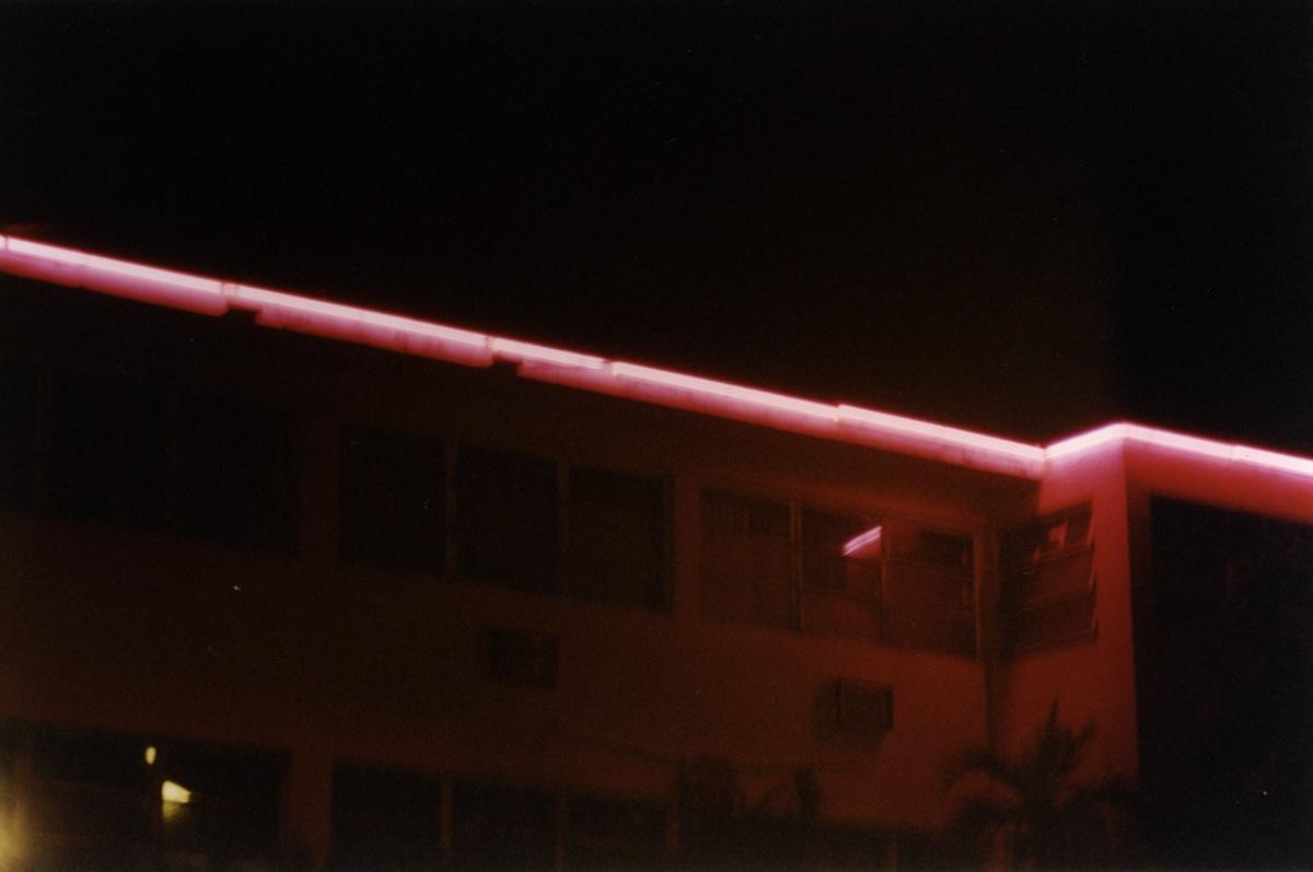 Motel_Michael_Tronn17
