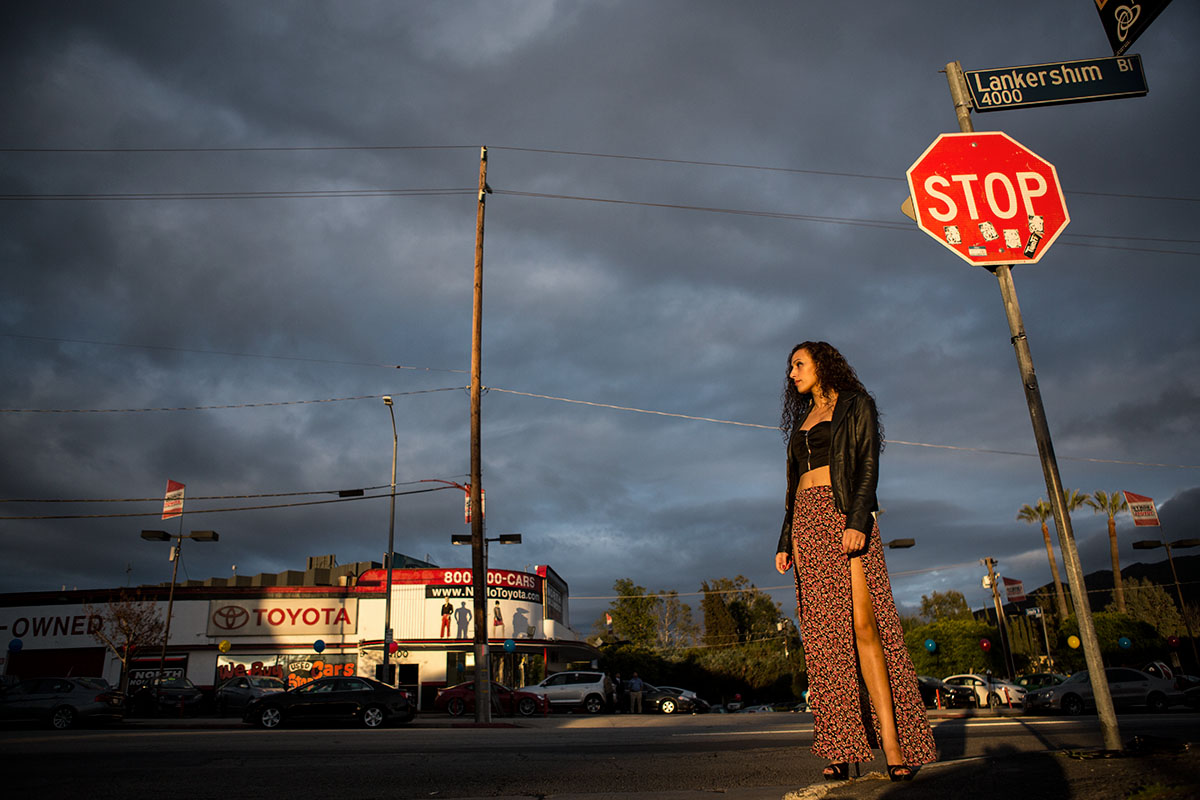 Elly Al Wareeth lead vocalist of D.Motif waiting for her band to cross the street before the show. Los Angeles county Ca©rossthayer