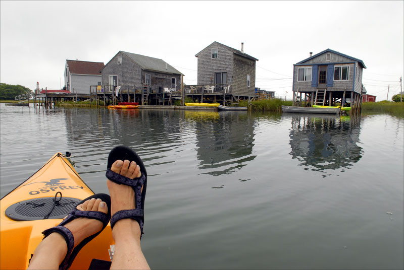 maine_kayakfeet