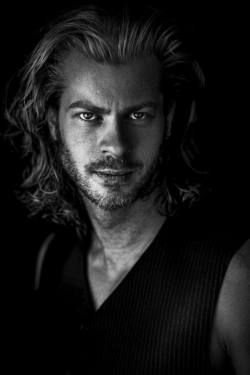Eric - Los Angeles Portrait Photographer - Tito Fine Portraits