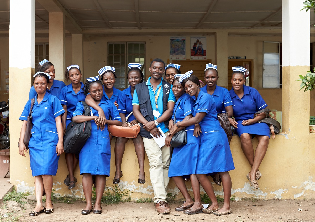 Team work matters. Dr Robert from Uganda and year three nursing students; Many of whom had been on the Ebola frontline.  Tonkolili Sierra Leone
