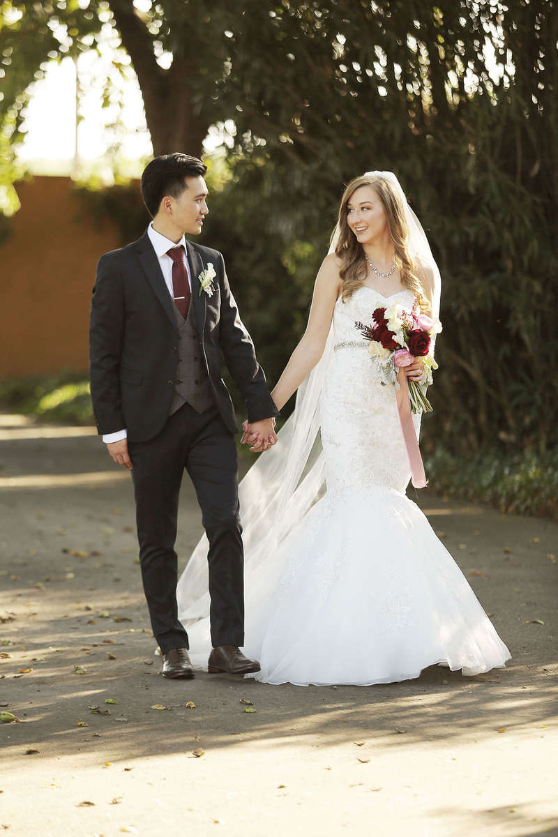 Click here to see Carly & Wei's Florals: Carly & Wei