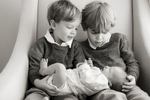 brothers meet their baby sister