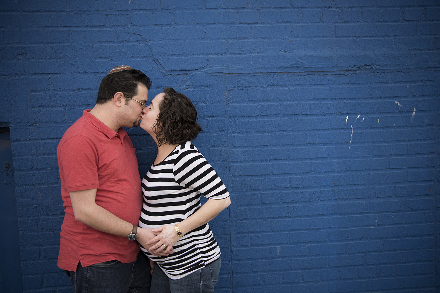 maternity session at Coney Island, family portraits