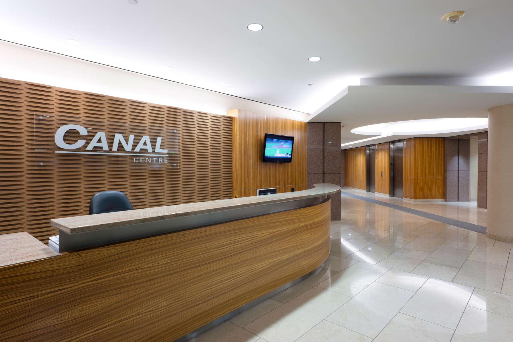 Canal-Center