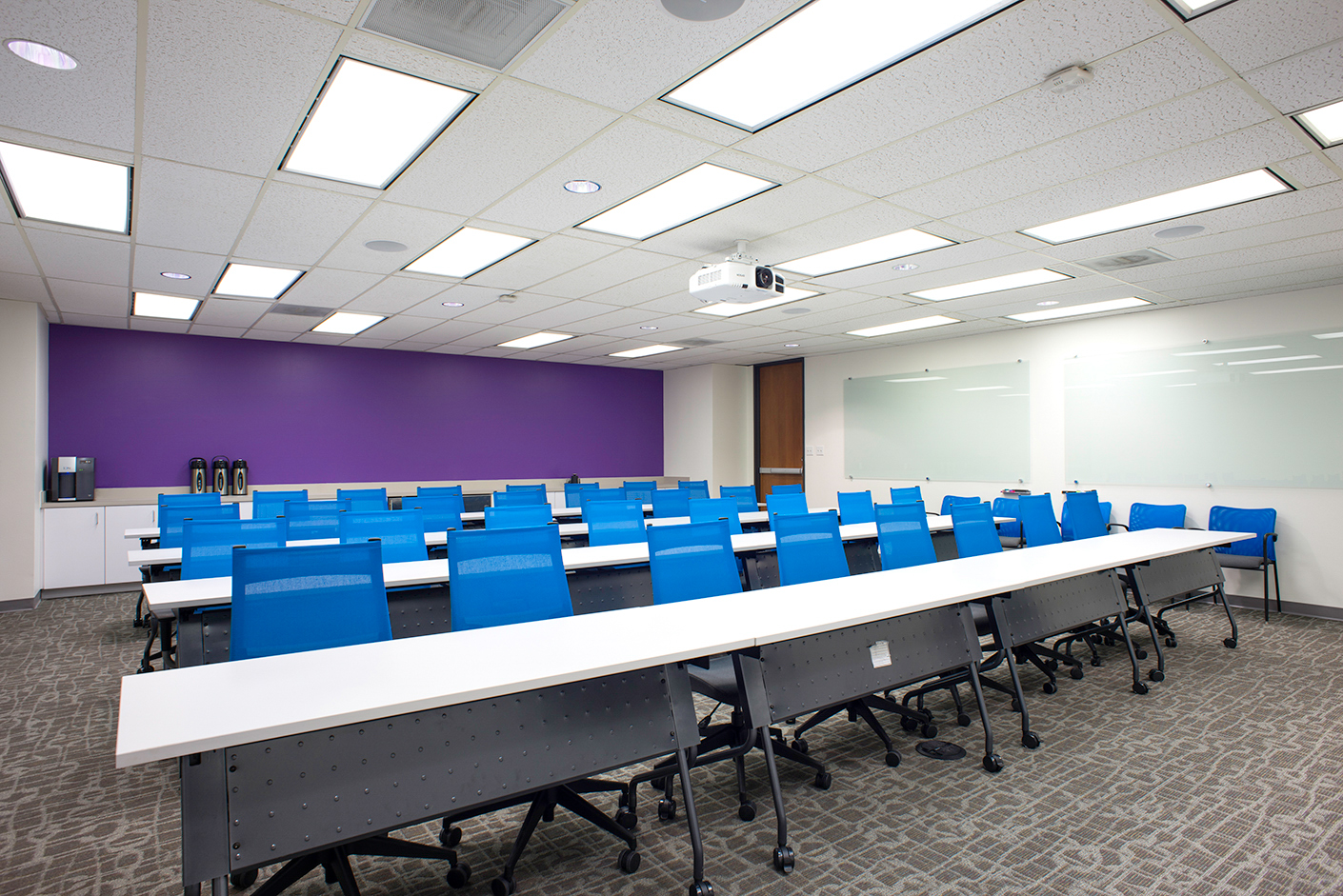 Commercial-Office-Building-Training-Room-Interior-Photography