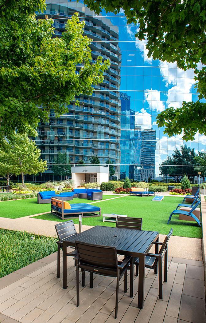 Dallas_Gable_Park_Pool_Area
