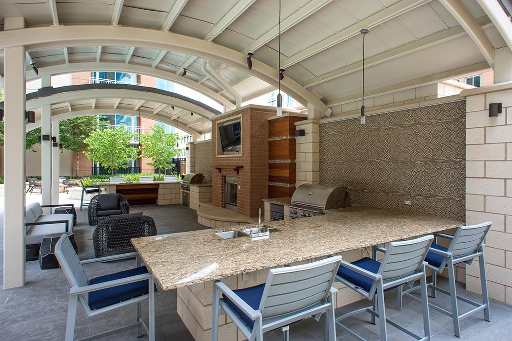 Preson-Hollow-Apartments-Pool-Area-The-Douglas