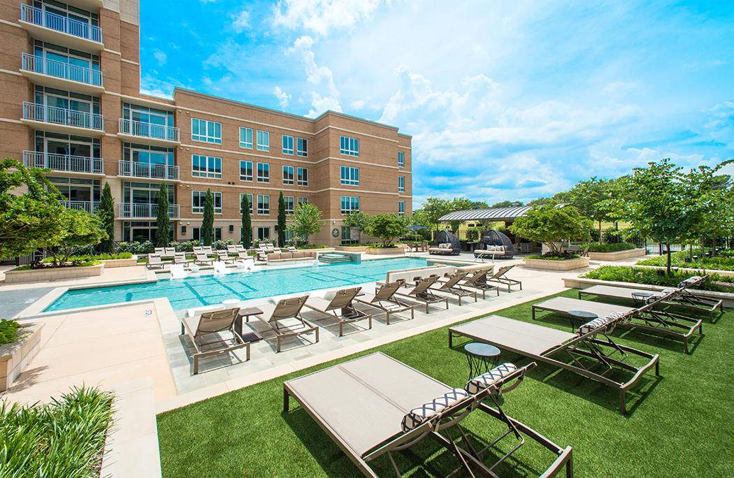 Preston-Hollow-Apartments-The-Preson-Pool