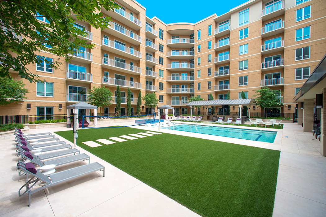 The-Royal-Preston-Hollow-Apartments