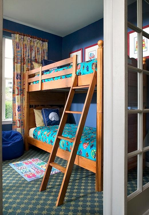 Runaway_Bay_Resort-bunk_room