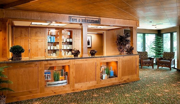 The_Ridge_Tahoe-Spa_Desk
