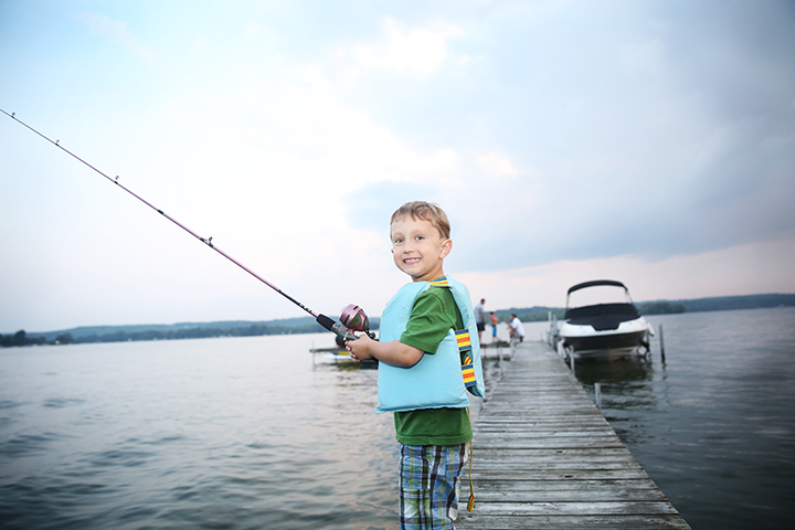 Koen-fishing-off-dock