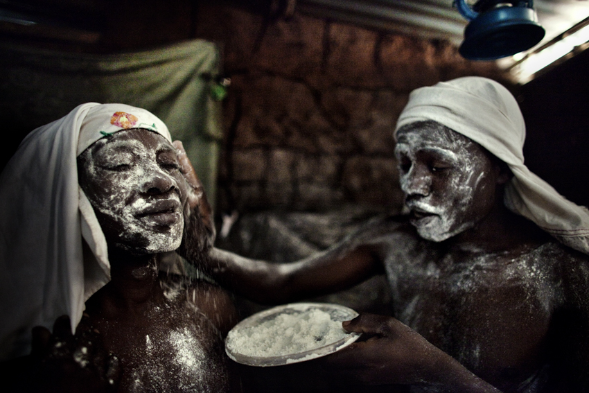 Africa, Democratic Republic of Congo; North Kivu; Goma. 08/02/2009. Wafumo (witchdoctor- in swahili language) are seen during a magic ritual.