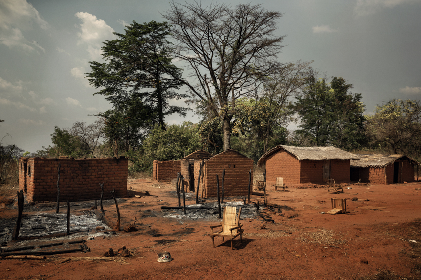 Africa, Central African Republic, Bambari. The road from Bambari to Ndassima is flanked by a succession of villages abandoned by the Christian population following the arrival of the Seleka rebels. There are visible traces of the looting and fires. The village of Bamabo. 6th February 2015©Marco Gualazzini